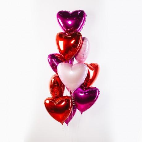 Разноцветные сердца Фонтан из шаров