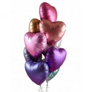 Сатиновые сердца Фонтан из шаров